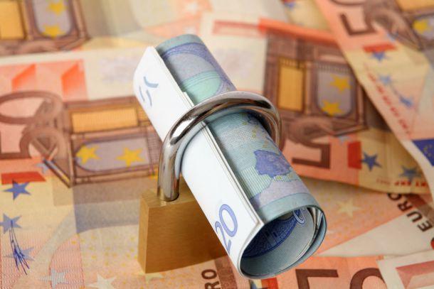 Geld fest anlegen: Das müssen Anleger beachten