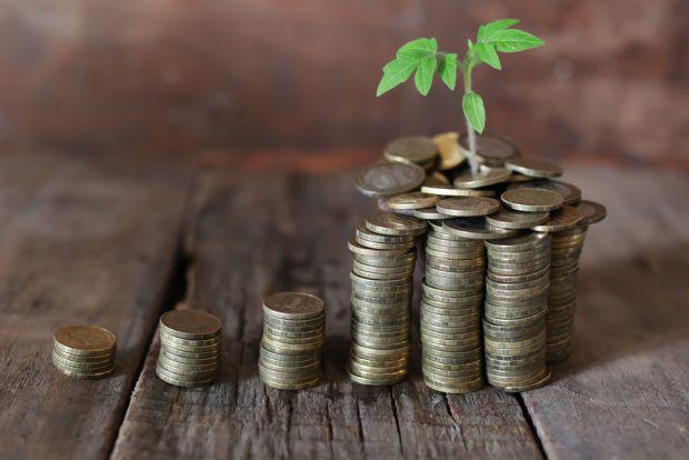 Geld anlegen und hohe Zinsen erzielen – so funktioniert's