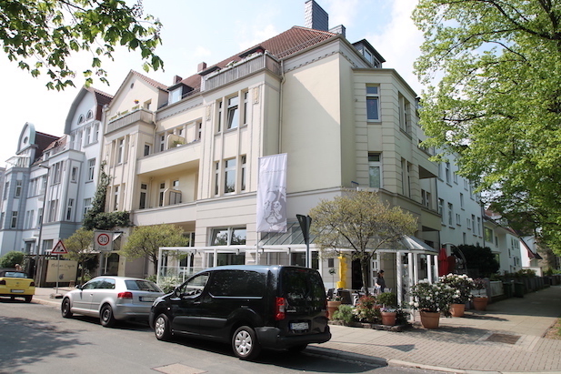 Fassade der Immobilie in der Gneisenaustrasse